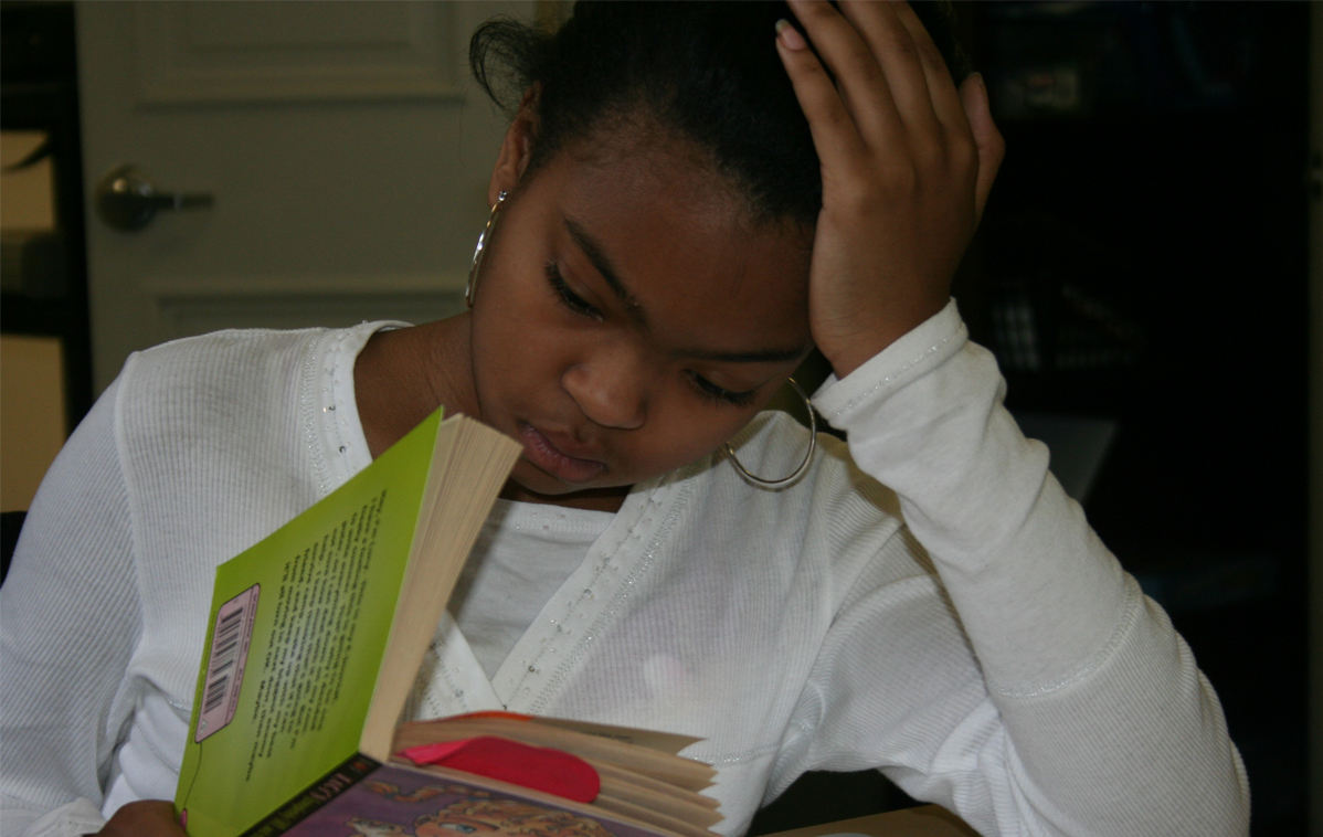 Student in Medaille College Reading Center